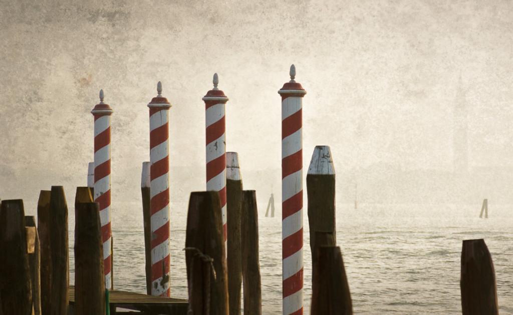 Venedig-rot-weiss