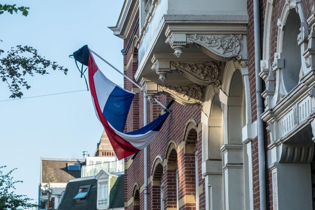 Flagge und Tasche