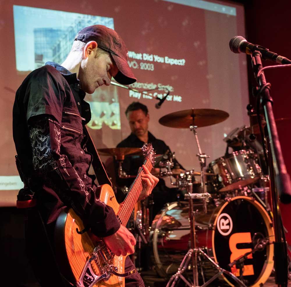 Gitarrist und Drummer