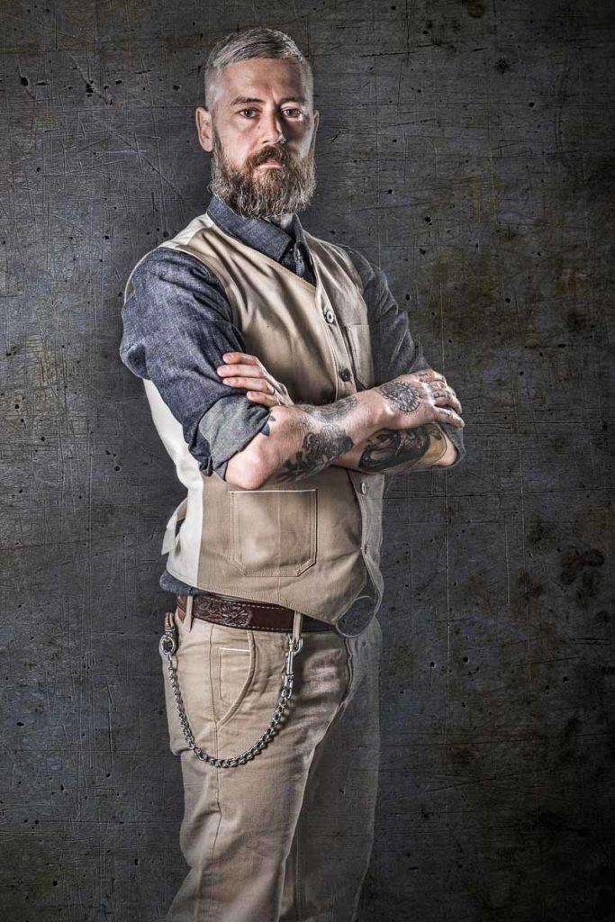 Stefan mit Blaumann-Klamotten